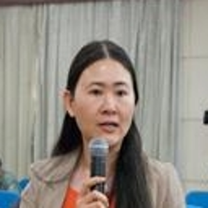 Yinghua Zhu (Deputy Division Director of Shanghai Administration of Foreign Expert Affairs)