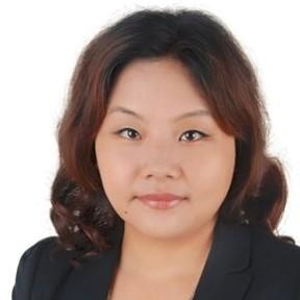 Helen Zhang (Administrative Director; CEO Office Asia Pacific of Aleris (Zhenjiang))
